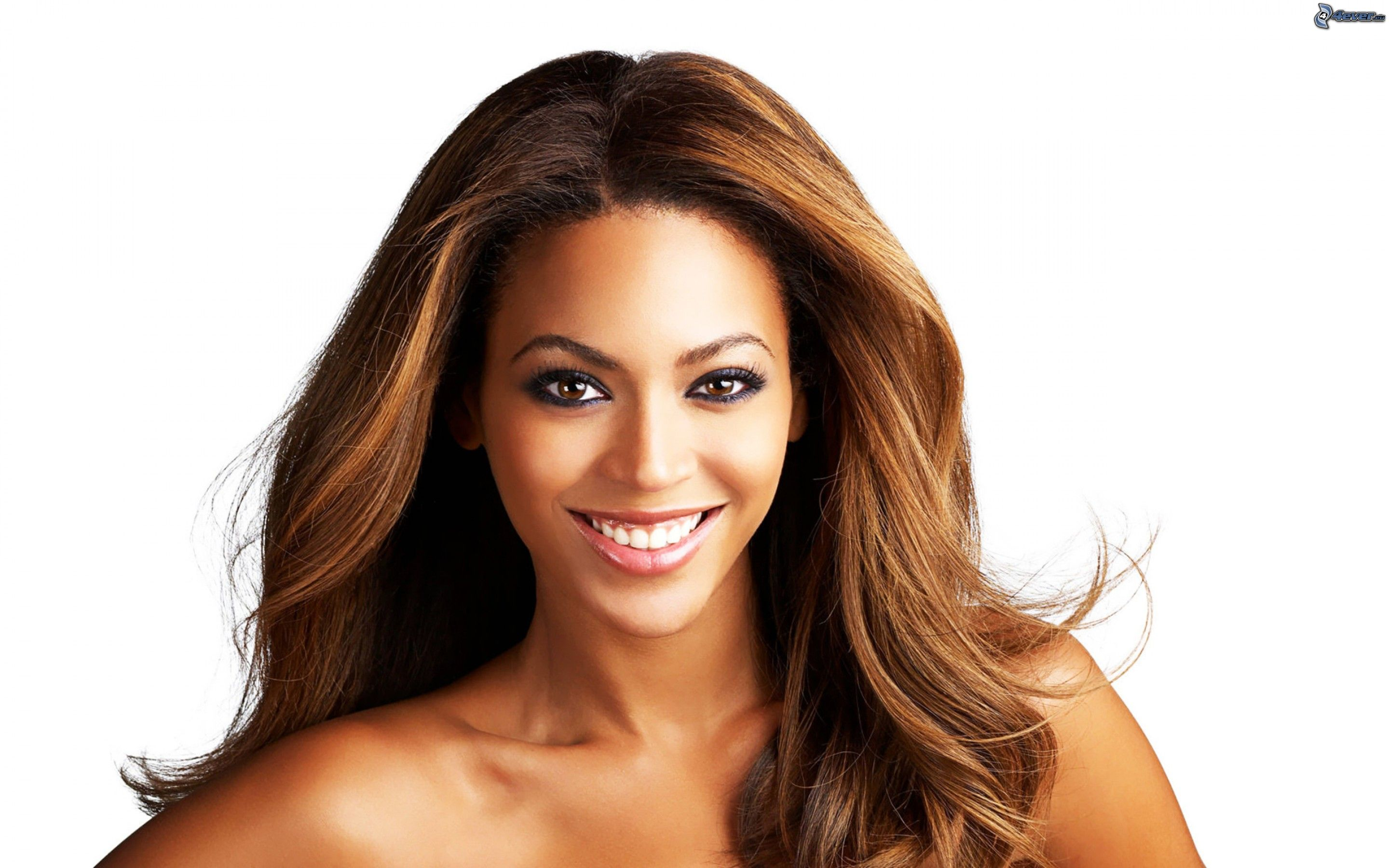 Beyonce getting lighter
