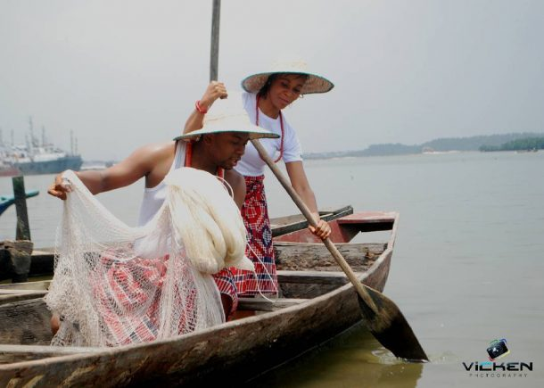 Have you seen these viral photos of a sweet couple cum fishermen for prewedding shoot?