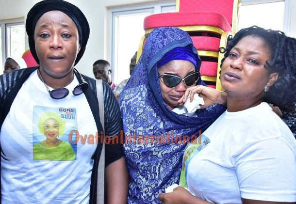 Lola Alao and other actresses