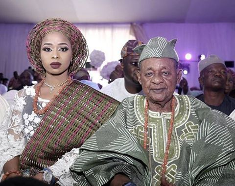 Alaafin Of Oyo Steps Out With Numerous Wives 7